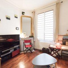 Апартаменты Classic Studio in Montmartre комната для гостей фото 3