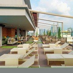 Отель Hilton Garden Inn Kuala Lumpur Jalan Tuanku Abdul Rahman South бассейн фото 2