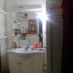 Отель Hostal Los Primos Гайана, Джорджтаун - отзывы, цены и фото номеров - забронировать отель Hostal Los Primos онлайн ванная фото 3