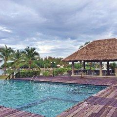 Отель Lawana Escape Beach Resort бассейн фото 2