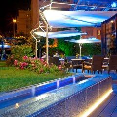 Отель Warwick Reine Astrid - Lyon Франция, Лион - 2 отзыва об отеле, цены и фото номеров - забронировать отель Warwick Reine Astrid - Lyon онлайн гостиничный бар