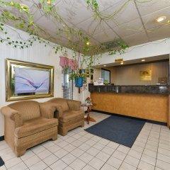 Отель Americas Best Value Inn Effingham интерьер отеля фото 2