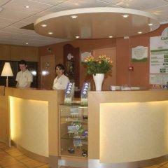 Отель Campanile Paris Est - Porte de Bagnolet Франция, Баньоле - 9 отзывов об отеле, цены и фото номеров - забронировать отель Campanile Paris Est - Porte de Bagnolet онлайн спа фото 2