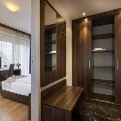 Novum Hotel Continental Frankfurt сейф в номере