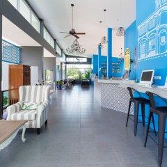 Отель ZEN Rooms Takua Thung Road Пхукет интерьер отеля