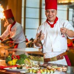 Отель Beach Rotana ОАЭ, Абу-Даби - 1 отзыв об отеле, цены и фото номеров - забронировать отель Beach Rotana онлайн питание фото 2