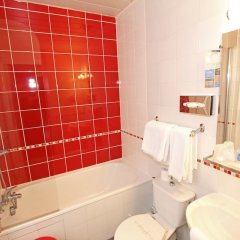 Kyriad Hotel XIII Italie Gobelins ванная