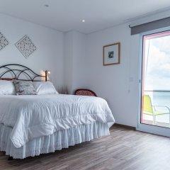 Отель Garoupas Inn Понта-Делгада комната для гостей фото 4