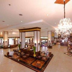 Отель Jomtien Thani Hotel Таиланд, Паттайя - 3 отзыва об отеле, цены и фото номеров - забронировать отель Jomtien Thani Hotel онлайн интерьер отеля