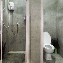 Coop Hostel Бангкок ванная
