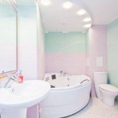 Апартаменты LUXKV Apartment on Bibliotechnaya ванная