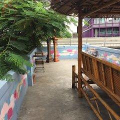 Отель Padi Madi Guest House Бангкок бассейн фото 2
