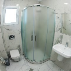Отель Vila Landi Албания, Ксамил - отзывы, цены и фото номеров - забронировать отель Vila Landi онлайн ванная