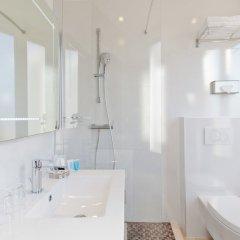 Отель Albert 1'er Hotel Nice, France Франция, Ницца - 9 отзывов об отеле, цены и фото номеров - забронировать отель Albert 1'er Hotel Nice, France онлайн ванная фото 2