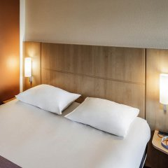 Отель Ibis Amsterdam City Stopera Нидерланды, Амстердам - отзывы, цены и фото номеров - забронировать отель Ibis Amsterdam City Stopera онлайн комната для гостей фото 2