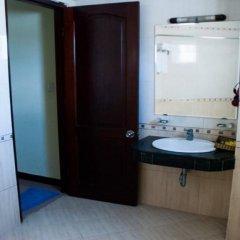 Отель Thuy Van Hotel Вьетнам, Вунгтау - отзывы, цены и фото номеров - забронировать отель Thuy Van Hotel онлайн ванная