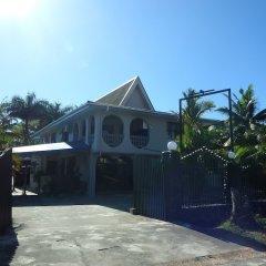 Отель Bluewater Lodge - Hostel Фиджи, Вити-Леву - отзывы, цены и фото номеров - забронировать отель Bluewater Lodge - Hostel онлайн парковка