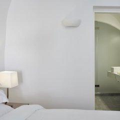 Отель Eden Villas By Canaves Oia сейф в номере