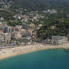 Отель Rosamar Maxim - Adults Only Испания, Льорет-де-Мар - 1 отзыв об отеле, цены и фото номеров - забронировать отель Rosamar Maxim - Adults Only онлайн пляж фото 2