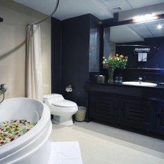 The Summer Hotel ванная