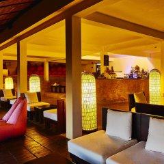 Отель Chen Sea Resort & Spa гостиничный бар