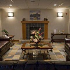 Отель Service Plus Inns & Suites Calgary Канада, Калгари - отзывы, цены и фото номеров - забронировать отель Service Plus Inns & Suites Calgary онлайн интерьер отеля