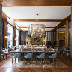 Отель Tivoli Lisboa Hotel Португалия, Лиссабон - 1 отзыв об отеле, цены и фото номеров - забронировать отель Tivoli Lisboa Hotel онлайн гостиничный бар