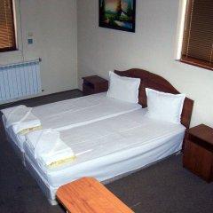 Отель Fenerite Family Hotel Болгария, Тырговиште - отзывы, цены и фото номеров - забронировать отель Fenerite Family Hotel онлайн комната для гостей