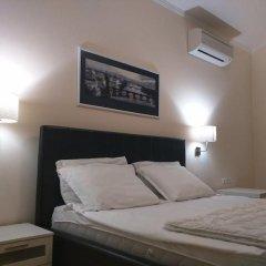 Апартаменты Super Central Luxury Apartments сейф в номере