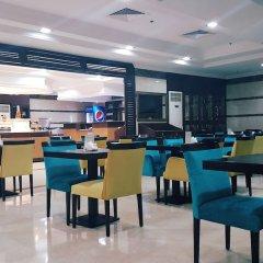 Отель Al Manar Hotel Apartments ОАЭ, Дубай - отзывы, цены и фото номеров - забронировать отель Al Manar Hotel Apartments онлайн гостиничный бар