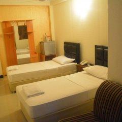 Отель Saasha City Hotel Шри-Ланка, Коломбо - отзывы, цены и фото номеров - забронировать отель Saasha City Hotel онлайн комната для гостей фото 3