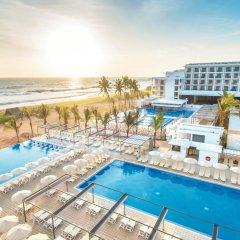 Hotel Riu Sri Lanka - All Inclusive бассейн