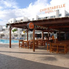 Christabelle Hotel Apartments бассейн фото 3