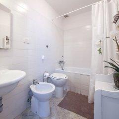 Отель Cozy Alfani Италия, Флоренция - отзывы, цены и фото номеров - забронировать отель Cozy Alfani онлайн ванная
