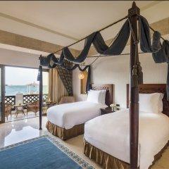 Отель Sharq Village & Spa комната для гостей