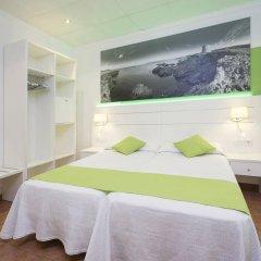 Отель Hostal Adelino комната для гостей фото 4