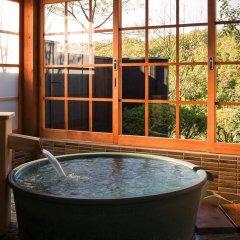 Отель Ryokan Miyama Sansou Минамиогуни бассейн