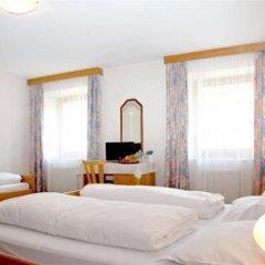 Отель Zum Weissen Roessl Сарентино комната для гостей фото 2