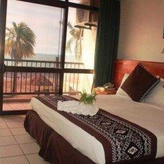 Smugglers Cove Beach Resort and Hotel комната для гостей фото 5