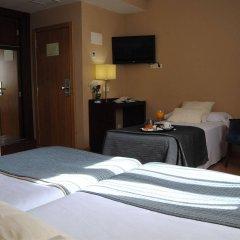 Hotel Ganivet удобства в номере