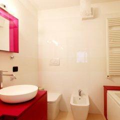 Отель Italianway - Rucellai Италия, Милан - отзывы, цены и фото номеров - забронировать отель Italianway - Rucellai онлайн ванная