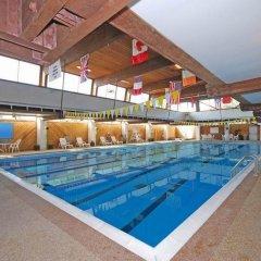 Отель Magnuson Grand Columbus North США, Колумбус - отзывы, цены и фото номеров - забронировать отель Magnuson Grand Columbus North онлайн бассейн фото 2