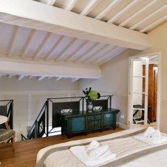 Апартаменты La Croce d'Oro - Santa Croce Suite Apartments комната для гостей фото 4