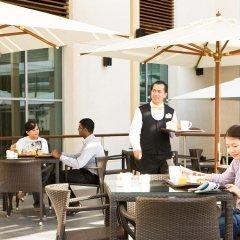 Отель Ibis Deira City Centre Дубай бассейн фото 2