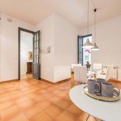 Отель Plaza Santa Ana Apartment Испания, Мадрид - отзывы, цены и фото номеров - забронировать отель Plaza Santa Ana Apartment онлайн комната для гостей фото 5