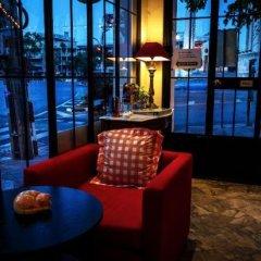Отель Baan Dinso @ Ratchadamnoen Бангкок гостиничный бар