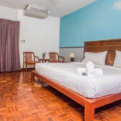 Отель Sutus Court 4 комната для гостей