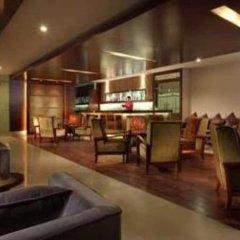 Отель Ramada by Wyndham Beijing Airport Китай, Пекин - 9 отзывов об отеле, цены и фото номеров - забронировать отель Ramada by Wyndham Beijing Airport онлайн гостиничный бар