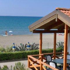 Отель Settebello Village Италия, Фонди - отзывы, цены и фото номеров - забронировать отель Settebello Village онлайн пляж фото 2