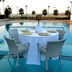 Hegsagone Marine Asia Турция, Гебзе - отзывы, цены и фото номеров - забронировать отель Hegsagone Marine Asia онлайн бассейн